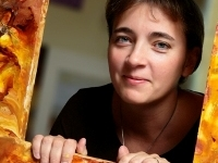 Laura Écsiová otvára kurzy enkaustiky v Českej republike